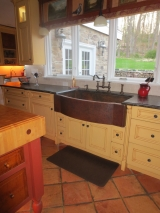 "<h5>44"" antique copper farmhouse sink with Perrin & Rowe English Bronze bridge faucet</h5>"